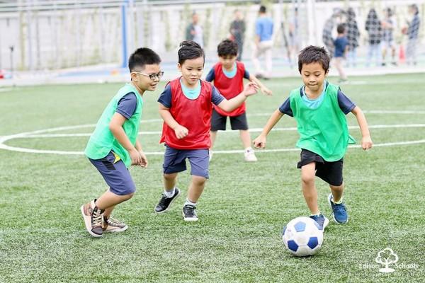 vận động thể lực là hoạt động quan trọng tại trường liên cấp edison ecopark